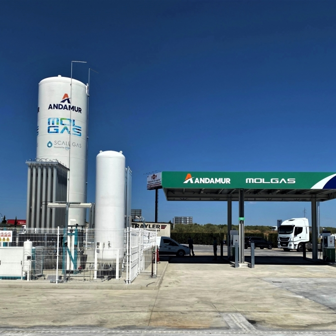 New LNG and CNG refuelling station in Spain.