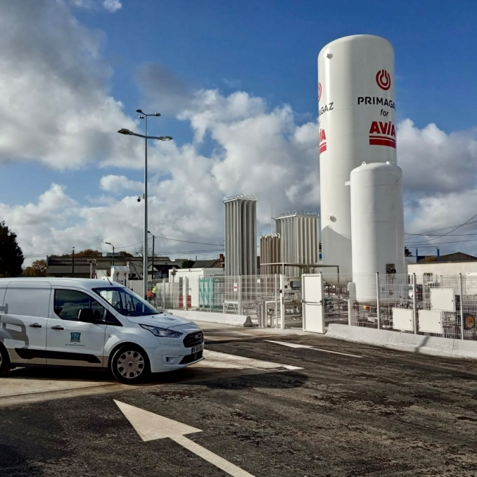 New LNG and CNG refuelling station in France.